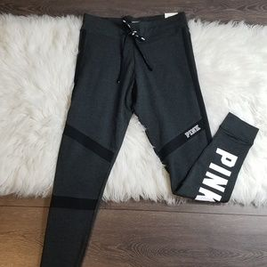 💎Victoria's Secret PINK Logo Campus Legging